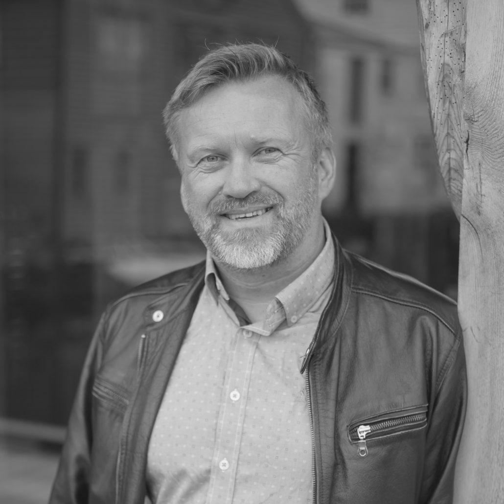 Trond Sagen, grafisk leiar og designer hos A til Å